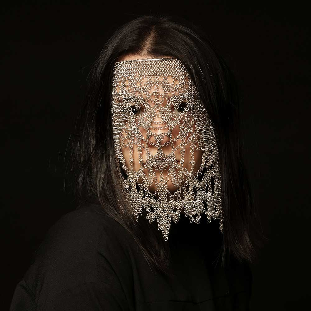 katie-james-face-chain-veil